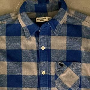 Abercrombie boy's fleece shirt (sadly never worn)